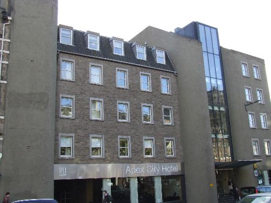 Apex City of Edinburgh Hotel: Exterior of hotel