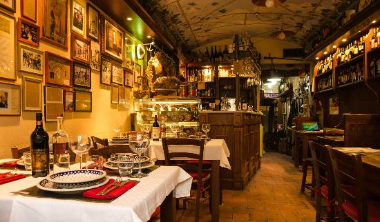 Antica Fiaschetteria del Chianti: vista dall'ingresso