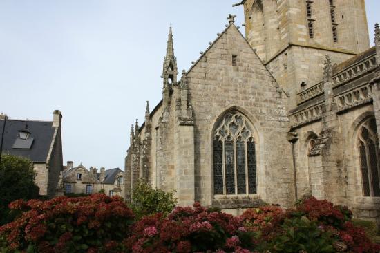 Office de Tourisme de Locronan: Chiesa Saint Ronan
