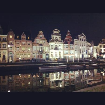 NH Gent Belfort: Gent by night!