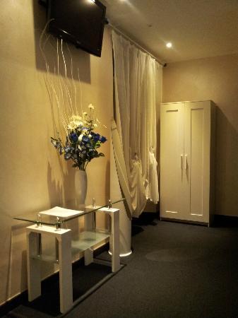 Memole Inn Sanremo : Interno della camera