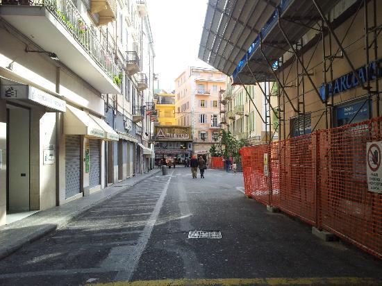 Memole Inn Sanremo : Vista da fuori della struttura