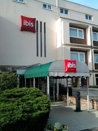 Ibis Belfort Danjoutin : Ibis Entrée