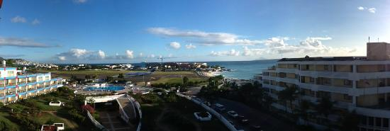 Royal Islander Club La Terrasse Resort: Room view with Airport and Maho Beach