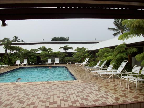 Hilo Seaside Hotel: Seaside Hotel pool