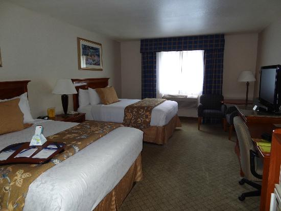 Best Western Plus High Sierra Hotel: Zimmer
