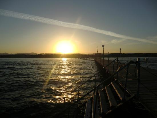 Marina Beach Resort : tramonto dal pontile