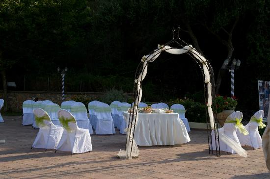 Christos Tavern: Ceremony area