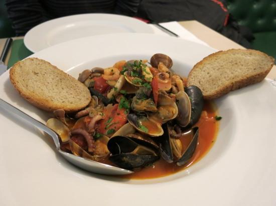 La Tarantella: seafood appetizer