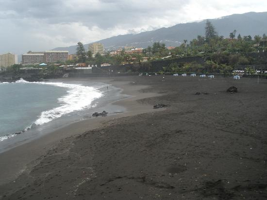 0n the beach picture of playa jardin puerto de la cruz for Aparthotel d or jardin de playa