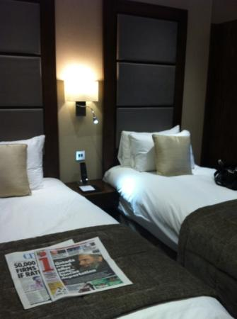 Grange Langham Court: twin room