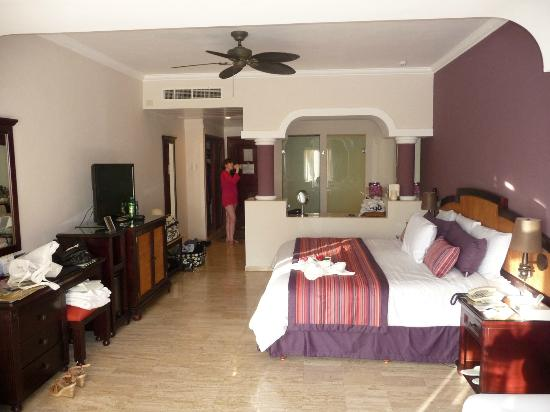 The Royal Suites Yucatan by Palladium: room