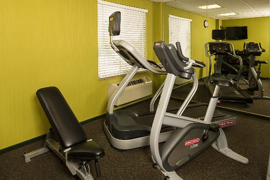 Fairfield Inn New York LaGuardia Airport/Flushing : Fitness Center