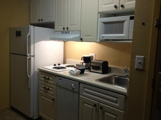 Extended Stay America - Orlando - Convention Center - Universal Blvd: Kitchen