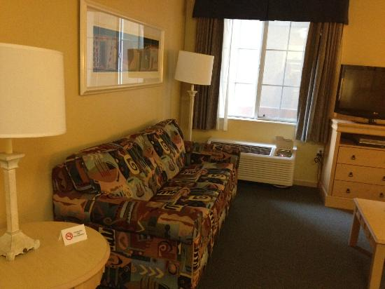 Extended Stay America - Orlando - Convention Center - Universal Blvd: Living Space