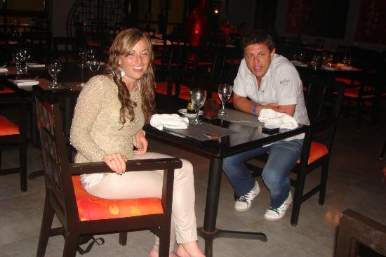 Sandos Playacar Beach Resort: Cenando en el Restaurant asiático