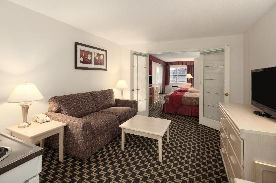 Travelodge Nanaimo : Family Room