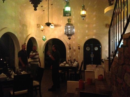 Taste Restaurant at Casa Cupula: Salón Interior