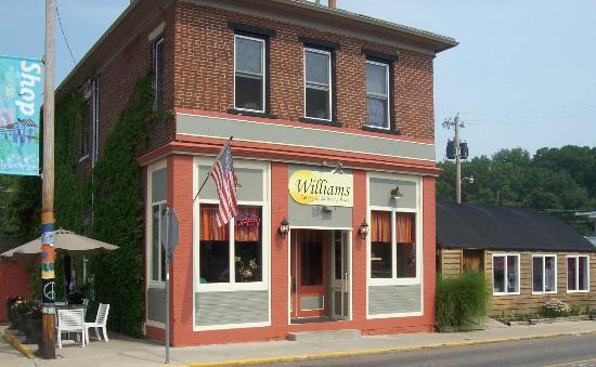 Williams Eatery: Front of the Restaurant