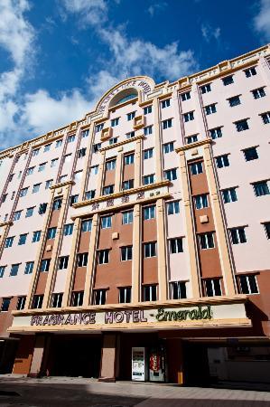 Fragrance Hotel - Emerald