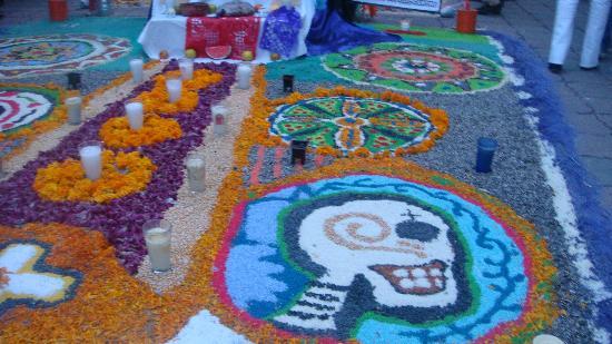 Arco Triunfal de la Calzada de los Heroes Leon Mexico Top Tips