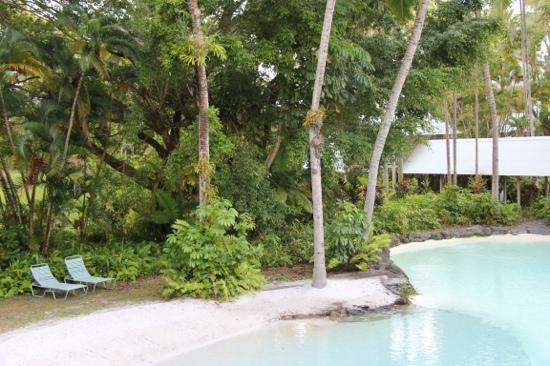 Sheraton Mirage Port Douglas Resort: the view out our window to one of the lagoon pools