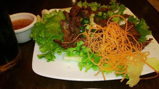 Four Sisters Restaurant: Lemongrass Grilled Beef