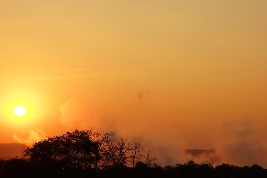 Ilala Lodge: View from our room at sunset - SPECTACULAR