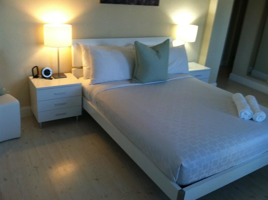 Tranquilo: 206 Deluxe Studio Quen Bed - very comfortable