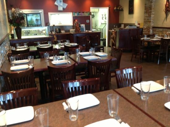 Village Pizzeria: group dining available