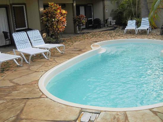 ماوي سانسيكر إل جي بي تي ريزورت: Pool in front of Sugar Beach Building (600-series)