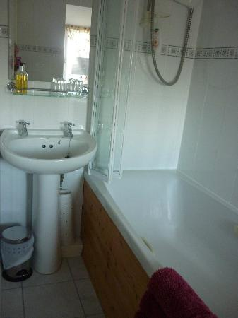 The Old Coach House: Bathroom