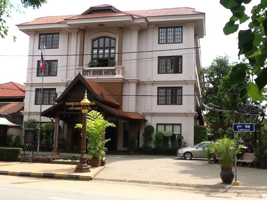 ‪سيتي ريفر هوتل: City River Hotel Siem Reap