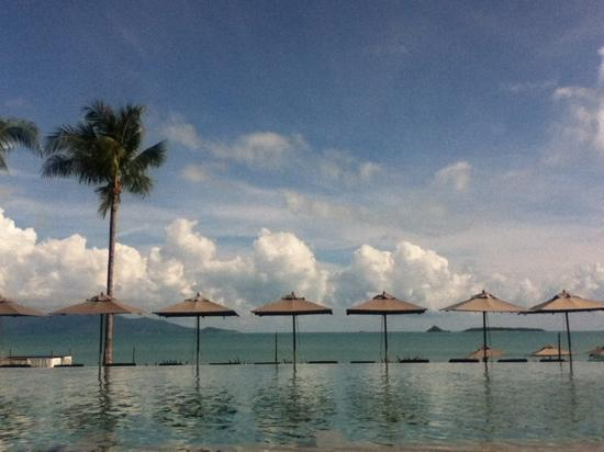 Hansar Samui Resort : view from the pool