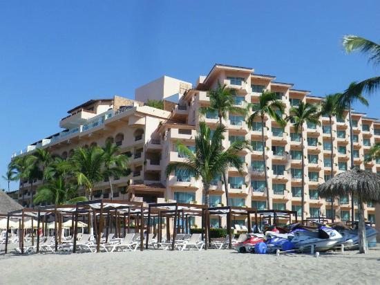 Crown Paradise Golden Resort Puerto Vallarta: The resort from the beach