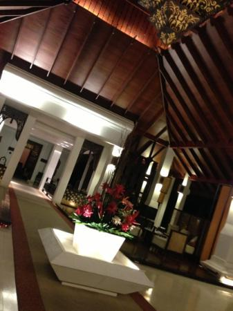 Panviman Chiang Mai Spa Resort: lobby