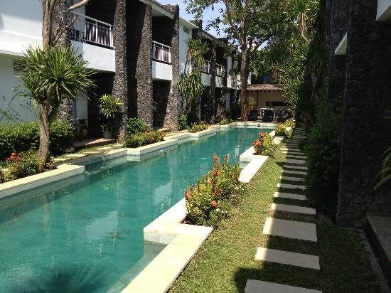 Astana Pengembak Suite Apartment & Villa: The Pool area..