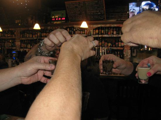 Finnigan's Wake Irish Pub: round of shots