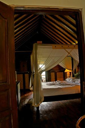 Melanting Cottages & Restaurant: Melanting Cottages-the room