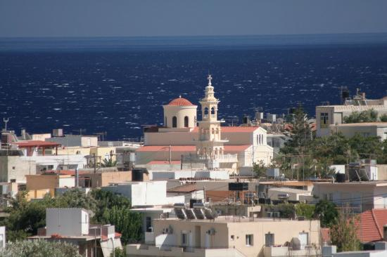 Caravella Luxury Apartments: View from the room to Paleochora church