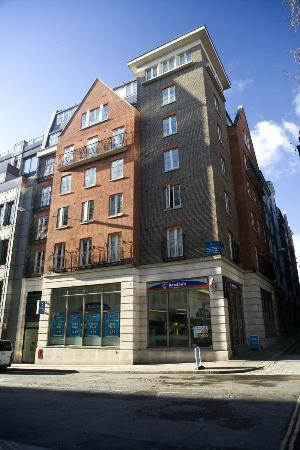 Excellent!!! - Review of Marlin Apartments Queen Street ...