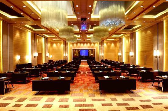 Hyatt Regency Chennai: Regency Ballroom