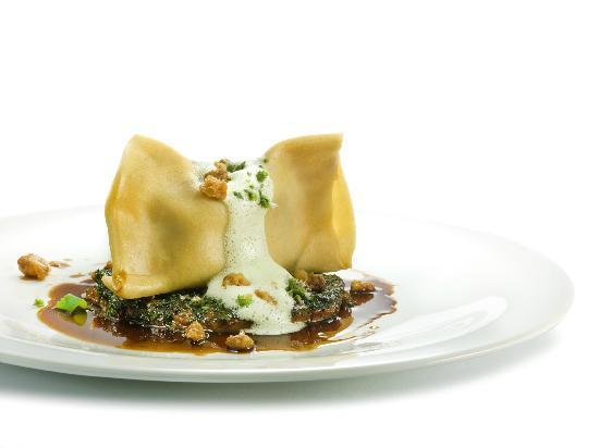 Vander Urbani Resort - a Member of Design Hotels : Traditional food with a modern twist