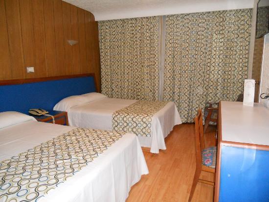 Hotel Palace: Habitacion