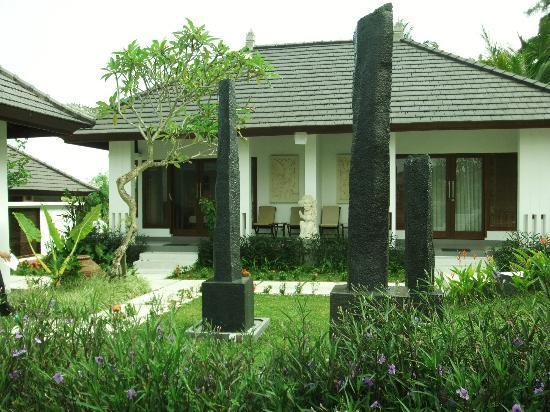 The Samara: The Villa
