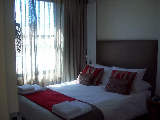 Protea Hotel by Marriott Cape Town Waterfont Breakwater Lodge: Camera