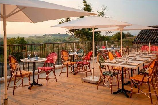 Montagnac, Франция: La terrasse avec vue panoramique