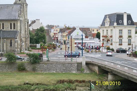 Hotel Saint Jean : Vue sur la place