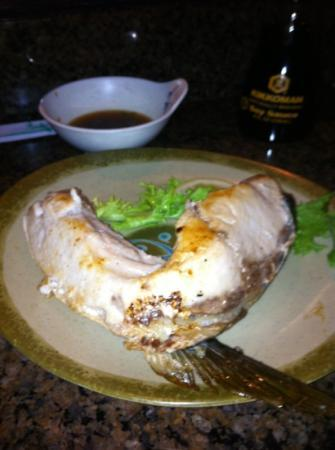 Ichiban Japanese Cuisine: Yellow Tail Jaw!! My favorite dish a must try.