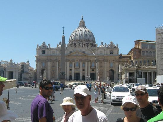 Tours of the Vatican with Tom & his Team